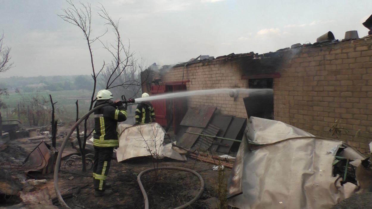 Гасіння пожежі у Новоайдарському районі